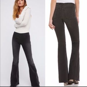 Free People We the Free Gummy Flared Pull-on Jeans Sz 29